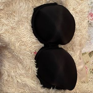 Size 36DD strapless Victoria secret bra